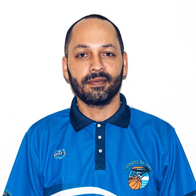 https://versoix-basket.ch/wp-content/uploads/2021/07/versoix-basket-coach-portrait-patrick.jpg